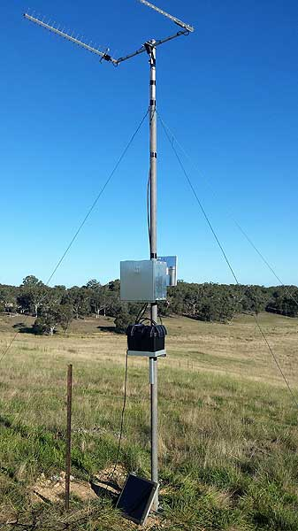 Twin Peak Pro G Spotter and Optus Home Gateway remote WiFi setup rebroadcasting wifi around the farm